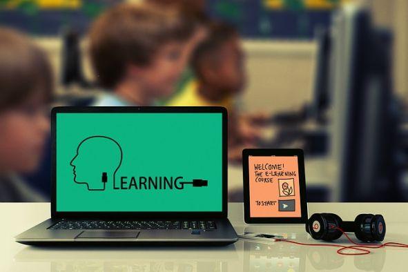 Workshop Digitale Kompetenzen für Dozentinnen. Bild: Gerd Altmann, Pixabay
